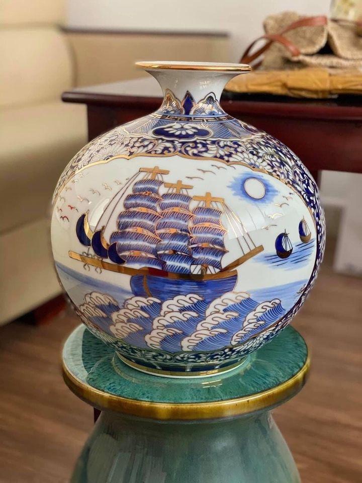 [ Quà tặng tết cao cấp ] Bình hút tài lộc bát tràng vẽ sơn mài truyền thống Bình Dương