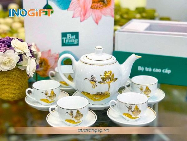 Bộ trà sen vàng cao cấp