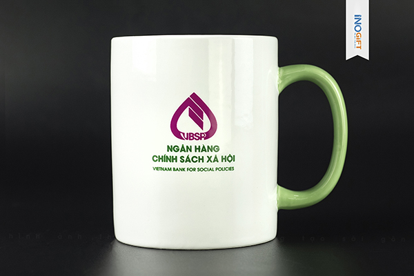 Cốc quà tặng doanh nghiệp, ca sứ in logo số lượng theo yêu cầu giá rẻ tại tphcm