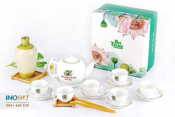 Bộ bình trà gốm sứ trắng in logo làm quà tặng doanh nghiệp, khách hàng công ty giá tốt tại tphcm