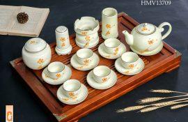 Bộ ấm trà gốm sứ quà tặng quà tặng 20/10 cho công nhân viên giá rẻ tại quận Tân Bình