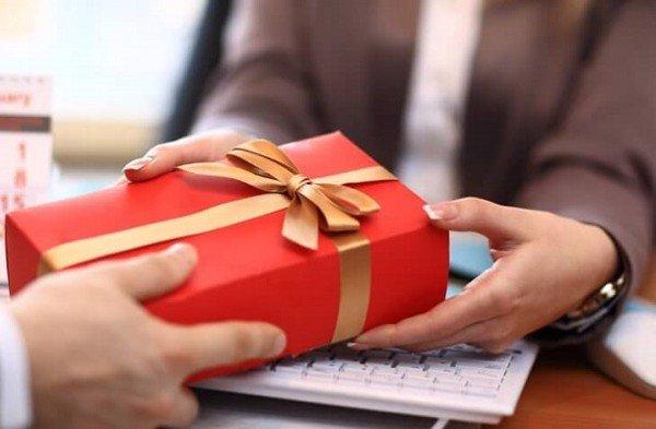 Gợi ý tư vấn quà tặng cho chương trình tặng quà cho khách hàng độc đáo 2021 - 2022